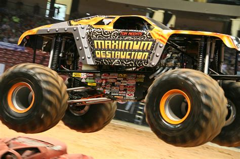 monster truck show birmingham al birmingham alabama monster jam january 7 2012 2pm