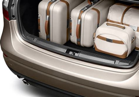 renault fluence trunk renault fluence pictures renault fluence photos and