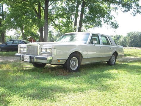 1988 lincoln town car reviews 1988 lincoln town car pictures cargurus