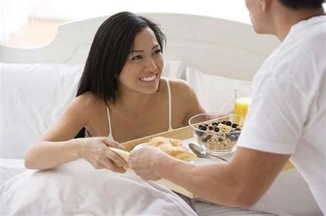 how to seduce your husband in bed how to make your girlfriend breakfast in bed made man