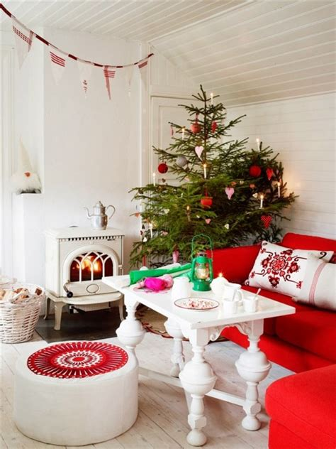 christmas decorations for living room 55 dreamy christmas living room d 233 cor ideas digsdigs