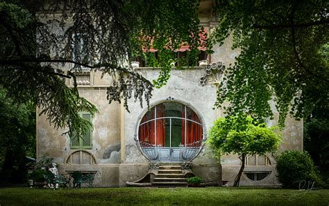 art deco house in ferrara italy arno jenkins