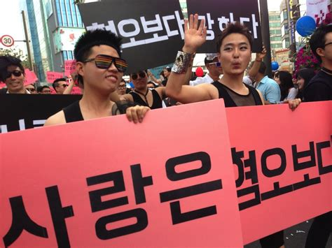 photos protestors crash korea queer festival chanting gays have no place in this country