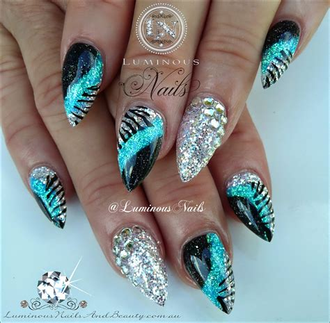 Silber Nägel by Luminous Nails Blue Silver Black Acrylic Nails With