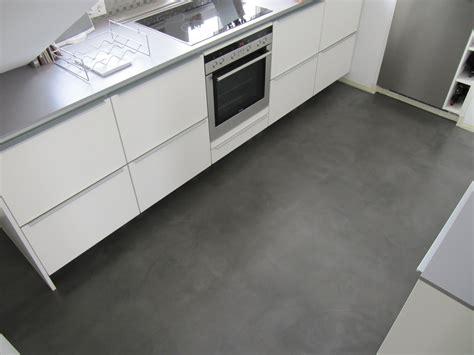 bodenbeschichtung auf fliesen beton unique beton cire beton cire bodenbeschichtung