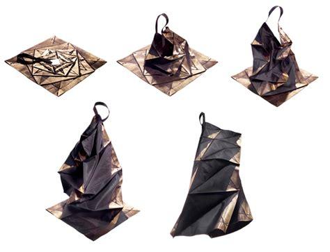 Issey Miyake Origami - square fashion show issey miyake 132 5 moi