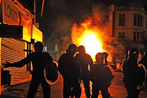 book review killer showthe station nightclub fire americas police station fire bombed as violence erupts for fourth