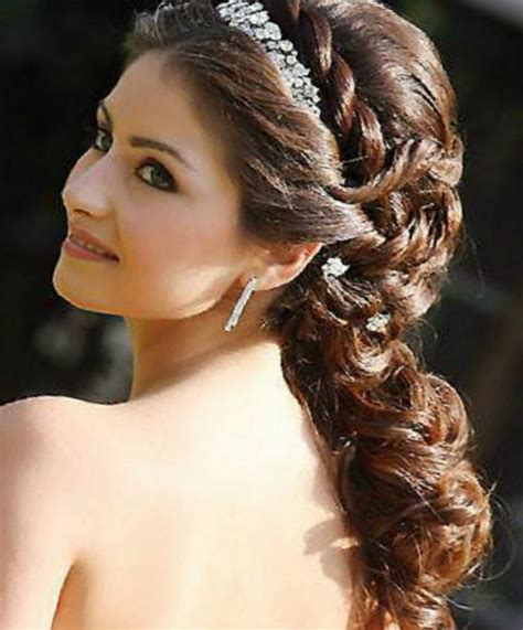 Bridal Hairstyles For Hair With Tiara by Tiara Hairstyles Wedding Hairstyles By Unixcode