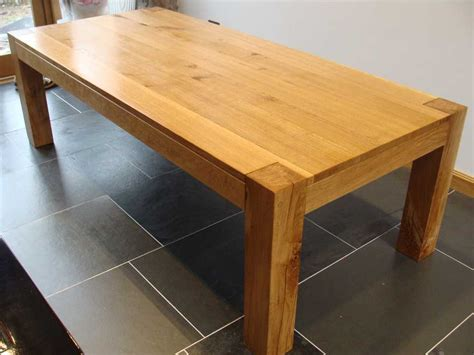 chunky oak dining table