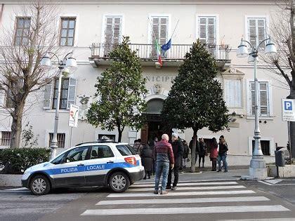ufficio messi comune di roma all interno comune di lanuvio molti uffici
