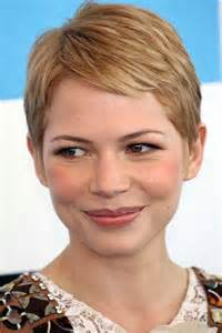 pixie cut to disguise thinning hair 15 super michelle williams pixie haircuts short