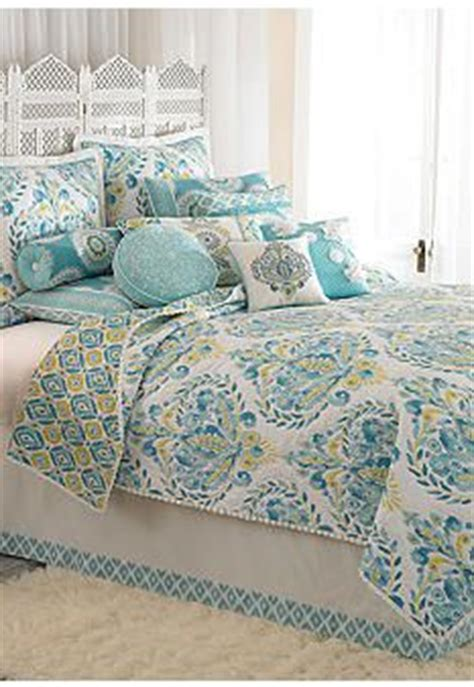 kayla hand guided yellow and white king quilt set for my 1000 images about dena home at belk on pinterest green
