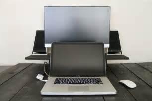 Speaker Free Stock Photos Download 32 Free Stock Photos Laptop Desk With Speakers