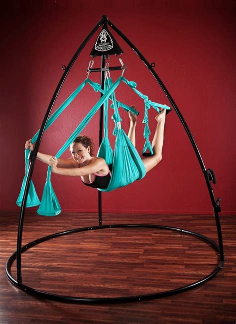 omni yoga swing omni swing deluxe rock it stand 849 my birthday