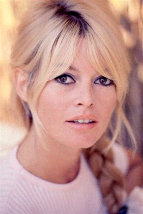 did suzanne hairstyles always has bangs 17 best ideas about center part hairstyles on pinterest
