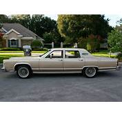 American Classic Cars 1978 Lincoln Continental Town Car 4 Door Sedan