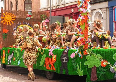 themes for carnival floats 38 best homecoming ideas images on pinterest homecoming