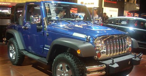 cool jeep accessories cool accessories to customize your jeep mall of cdjr