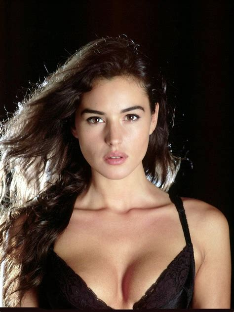 italian actresses and models beautiful hot girls wallpapers italian girls
