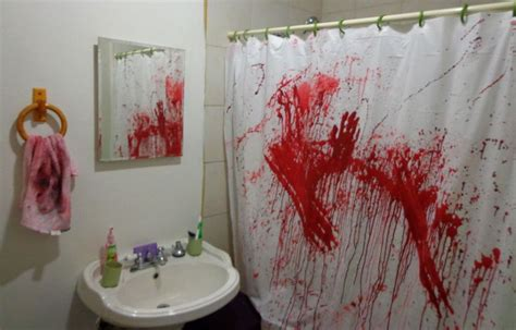 crazy bathroom ideas 33 spooky scary halloween decorations for 2016