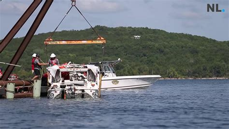 duck boat underwater duck boat recovered from 80 feet below table rock lake