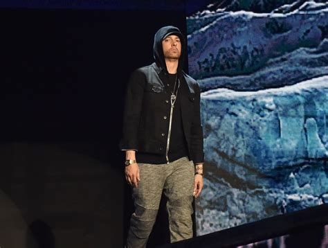 Eminem Wants To Shut Up by Gi Eminem Mtv Emas 2017 Show Conservative News Today