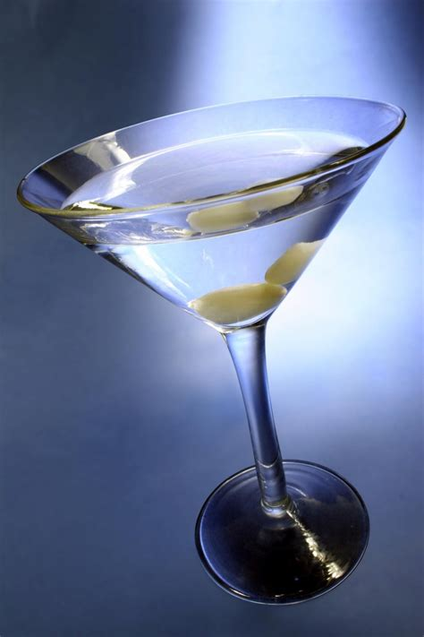 martini gibson martini cocktail history