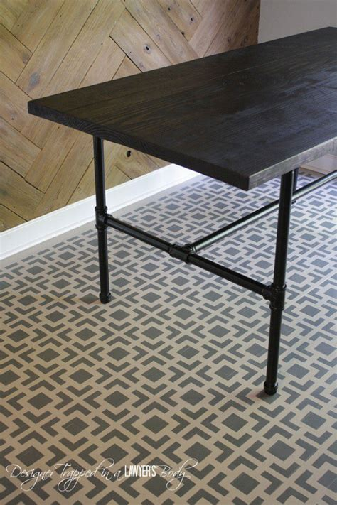 Diy Pipe Table by 10 Best Diy Industrial Pipe Projects House Of Hawthornes