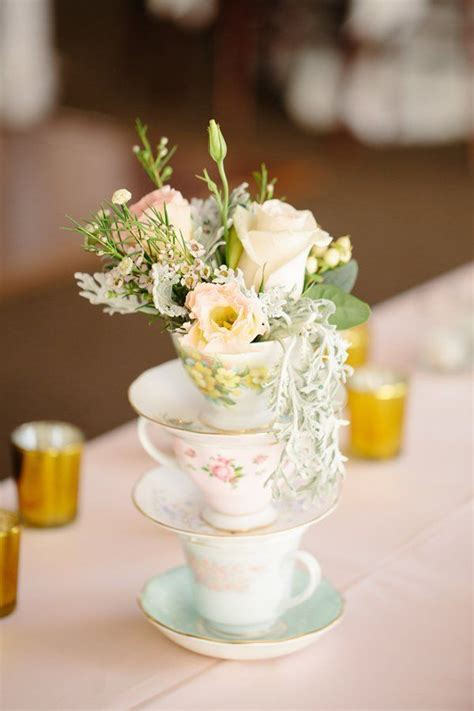 103 best Wedding Theme: Tea Party   Alice in Wonderland