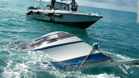 living on a boat in florida elderly woman dies girl among 4 rescued after boat sinks