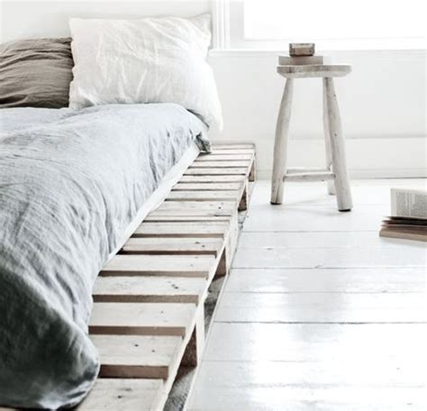bedroom 8 fresh and cozy 1000 ideas about minimalist bedroom on pinterest