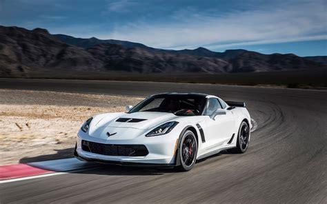 srt viper vs corvette srt viper gts vs chevrolet corvette zr1