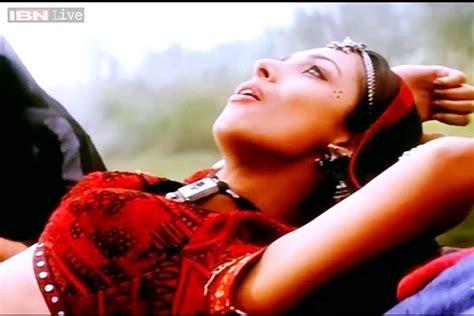 ar rahman chaiyya chaiyya mp3 download shah rukh khan s chaiyya chaiyya completes 15 years