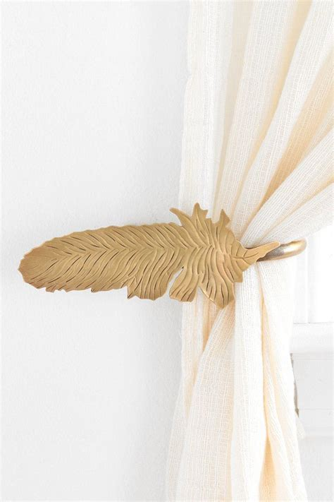 feather curtains 1000 ideas about curtain ties on pinterest curtain tie
