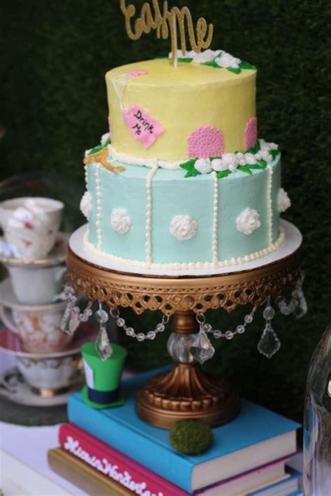 karas party ideas alice  wonderland dessert table karas party ideas