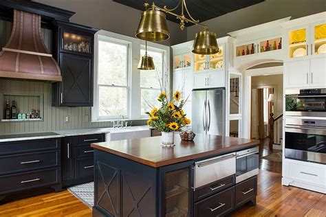 Farmhouse Kitchen Lights by Sparkling Trend 25 Gorgeous Kitchens With A Bright