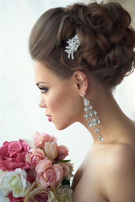 Wedding Hair Relaxed Updos by 25 Best Ideas About Voluminous Updo On