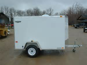 what to look for in small enclosed cargo trailers