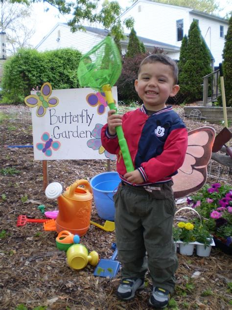How To Make A Butterfly Garden by How To Make A Butterfly Garden