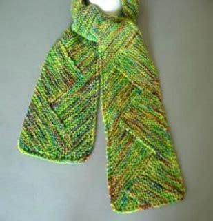 zig zag knitting pattern scarf ravelry p57 zigzag scarf pattern by iris schreier