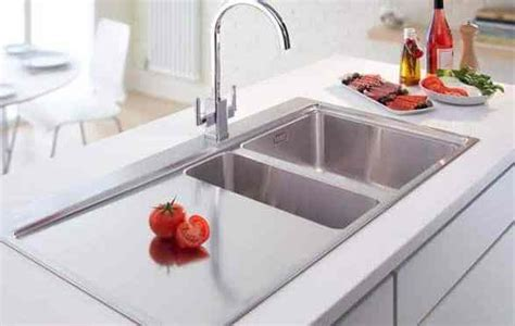 make your kitchen look amazing with kitchen plumbing