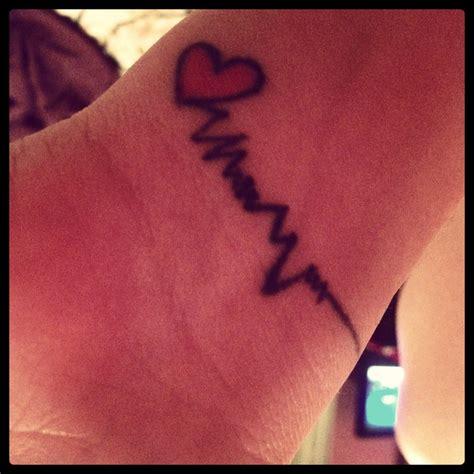 heartbeat pulse tattoo heart pulse tattoo tattoo pinterest