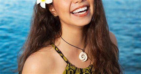 film moana mtv disney s moana casts native hawaiian auli i cravalho as