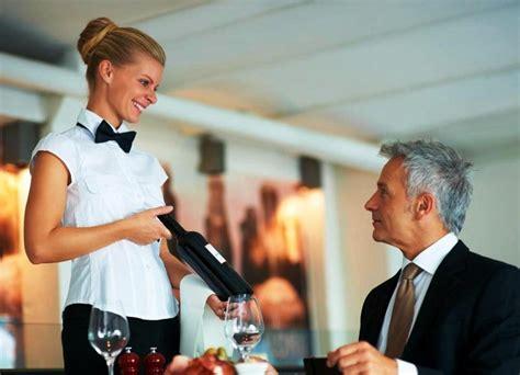 cameriere all estero ristorante in germania ricerca cameriere donne
