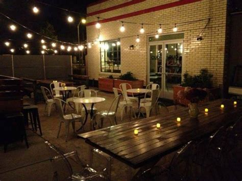 Patios Bar St Louis by St Louis Olio Rooster Bridge Tap House And Wine Bar