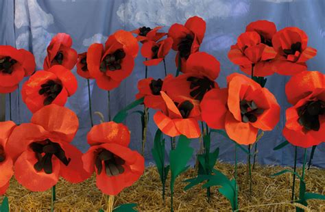Make A Paper Poppy - everything oz book free stuff