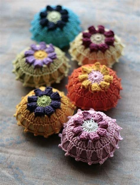 Handmade Pincushions - 1000 images about pincushions pattern ideas on