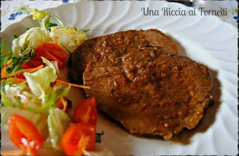 cucinare magatello di manzo arrosto di girello ricetta classica una riccia ai fornelli