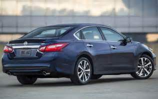 2018 Nissan Altima 2018 Nissan Altima Rear Angle Cars Coming Out