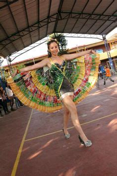 Trajes De Indio De Material De Desecho | 1000 images about vestidos hechos con reciclaje on